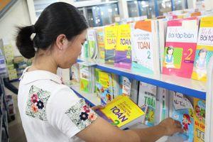 Đảm bảo cung ứng đầy đủ sách giáo khoa cho mọi cấp học