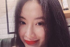 Angela Phương Trinh có thể tự tin ra đường dù không trang điểm và làm tóc