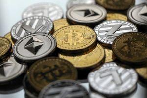 Giá Bitcoin hôm nay 30/7: Tiền ảo bị Google tẩy chay