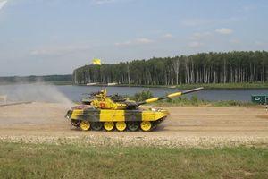 Trọng tài chính của Tank Biathlon: 'Người Việt Nam, đơn giản thật tuyệt vời!'