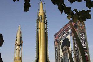 Đối đầu với Mỹ, Iran tìm cách thúc đẩy đầu tư nội địa
