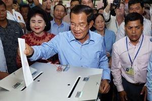 Đảng của ông Hun Sen tuyên bố thắng áp đảo bầu cử Campuchia