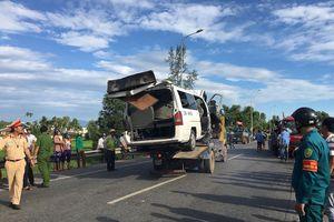 Hiện trường thảm khốc vụ xe rước dâu gặp nạn, 13 người tử vong