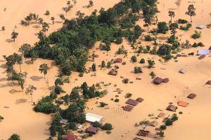 Việt Nam hỗ trợ Lào 250.000 USD và 1,55 tỷ đồng khắc phục sự cố vỡ đập thủy điện