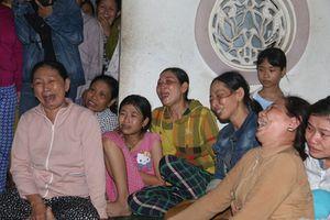 Vụ tai nạn khiến 13 người chết: Quặn lòng đại tang ở Quảng Trị