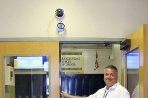 Tăng cường biện pháp an ninh trong các trường học
