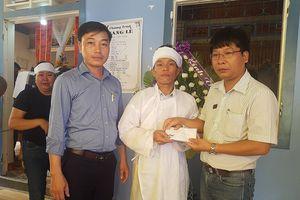 Báo SGGP trao tiền hỗ trợ gia đình chú rể trong vụ tại nạn thảm khốc