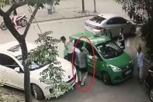 Tài xế taxi Mai Linh bị đánh nhập viện: Khởi tố chủ xe Mercedes