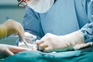 Dịch vụ phẫu thuật viêm phúc mạc ruột thừa cao bất thường ở nhiều bệnh viện
