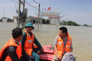 Huyện Quốc Oai: Xóm Vôi vẫn chìm sâu trong biển nước