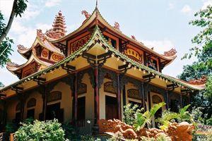 Những ngôi chùa nổi tiếng linh thiêng ở miền Trung mùa Vu Lan