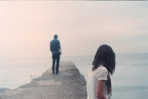 Đã bao giờ anh thấy tiếc nuối tình yêu đó hay chưa?