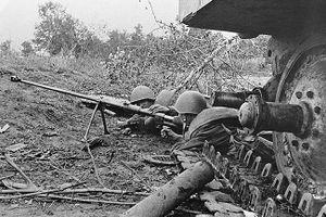 Trận chiến xe tăng tàn khốc Liên Xô-Đức ở Prokhorovka: 5 chi tiết quan trọng
