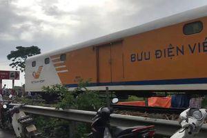 Tai nạn đường sắt ở Nam Định: Ôtô văng xa, 4 người thương vong