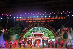 Tôn vinh văn hóa truyền thống các dân tộc vùng Đông Bắc