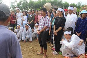 Tiễn đưa các nạn nhân vụ tai nạn giao thông tại Quảng Nam về nơi an nghỉ