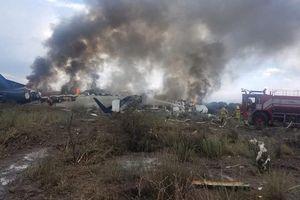 Máy bay đâm vỡ làm nhiều mảnh ở Mexico, toàn bộ hành khách sống sót thần kỳ