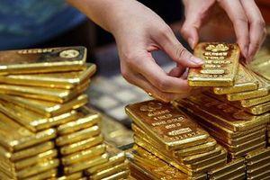 Giá vàng ngày 1/8: Đồng USD tăng cao kìm hãm kim quý vàng