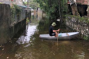 Vỡ đê bối ở Hà Nam, cả trăm hộ dân sống khổ trong biển nước