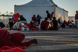 Cuộc sống vạ vật của hàng trăm người tị nạn ở Tây Ban Nha