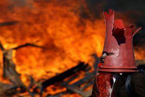 Hình ảnh biểu tình dữ dội ở Zimbabwe sau bầu cử tổng thống