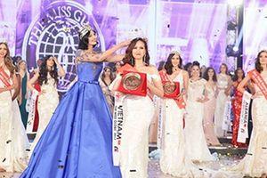 Hoa hậu quốc tế 2017 đến Việt Nam trao bản quyền tham gia cuộc thi