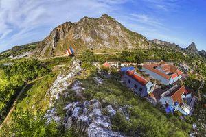 Ninh Bình: Dừng hoạt động mỏ đá đe dọa di tích chùa Hàn Sơn