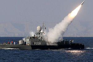Iran chuẩn bị phô diễn sức mạnh tại Hormuz, Mỹ sát sao theo dõi