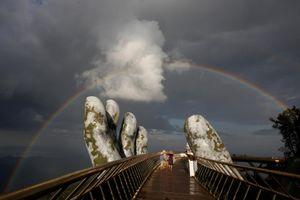 Báo chí thế giới 'phát sốt' với Cầu Vàng Đà Nẵng