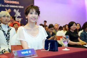Hari Won tiết lộ cô 'cực kỳ áp lực' khi làm việc chung với Trấn Thành