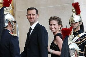 Vợ Tổng thống Assad bất ngờ xuất hiện