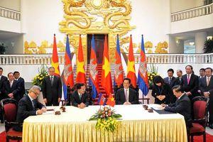 Việt Nam và Campuchia ký kết Hiệp định hợp tác tài chính