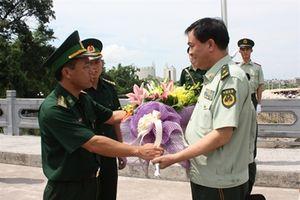 Phó Cục trưởng Biên phòng Bộ Công an Trung Quốc thăm Đồn BP Cửa khẩu Quốc tế Móng Cái