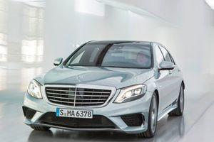 'Soi' Mercedes-Benz S63 AMG 9 tỷ đồng vừa về VN