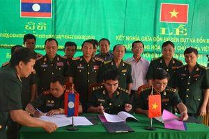 Các đơn vị của BĐBP Quảng Trị và Bộ Chỉ huy Quân sự tỉnh Xa-vẳn-na-khệt, Lào ký kết nghĩa