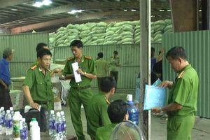 Đồng Nai niêm phong kho phân bón sản xuất trái phép lớn