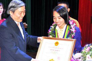 'Nữ hoàng chân đất' Phạm Thị Bình: Bình yên bên ngoài đường đua