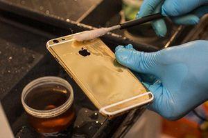 Tận mục các công đoạn cầu kỳ mạ vàng siêu phẩm iPhone