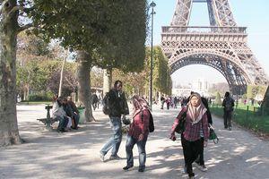 Chưa có hiện tượng khách Việt hủy tour đi Pháp