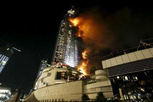 Cháy khách sạn 63 tầng ở Dubai đêm giao thừa