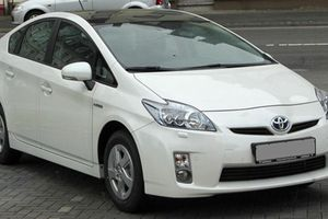 Toyota triệu hồi 1,43 triệu xe Prius và Lexus do lỗi túi khí