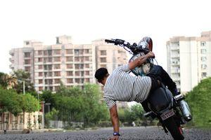 6 sai lầm nguy hiểm khi người trẻ lái xe