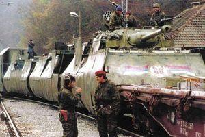 Hãi hùng đoàn tàu bọc thép trong cuộc chiến Nam Tư