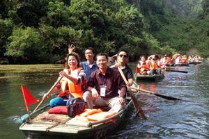 Lễ hội tổ chức vào mùa xuân: Tìm hiểu Lễ hội chùa Hương