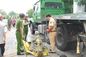 Bình Định: Xe tải đối đầu nhau, một người tử vong tại chỗ