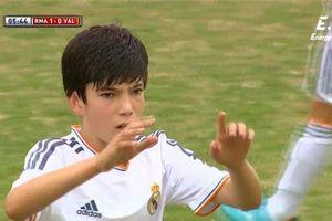 Con trai thứ ba của Zidane lại lập siêu phẩm