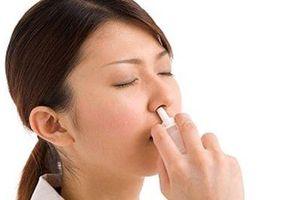 Lạm dụng thuốc xịt mũi có nguy cơ teo niêm mạc mũi, ngộ độc thuốc