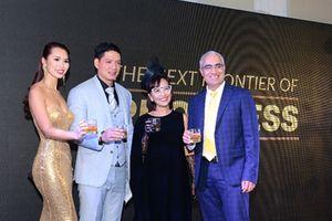 Hà Anh, Bình Minh gặp gỡ các doanh nhân