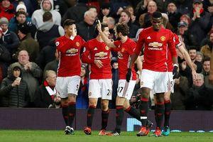 M.U vs Sunderland Quỷ đỏ hoan hỉ trong lễ tặng quà