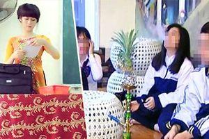 26 học sinh hư hỏng chết lặng trước một câu hỏi của cô giáo trẻ